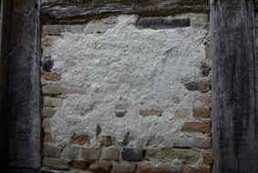 Hier Wurden Die Gefache Mit Ziegelsteine Ausgemauert Und Kalkputz Verputzt Steine Waren So Poros Das Sie Zerbrachen Gefach War Instabil